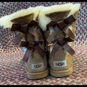 Ugg Bailey Bow Ribbon Boots Girls Size 4